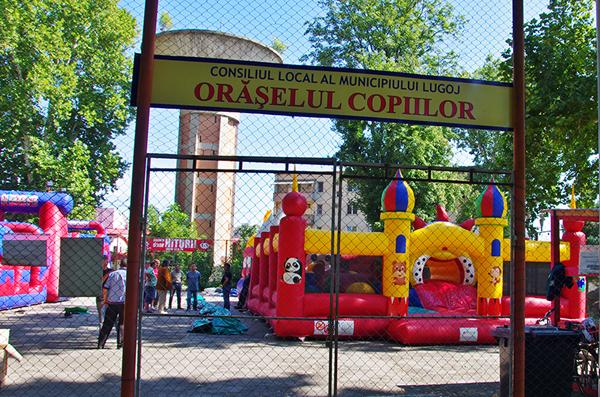 Jocuri gonflabile Oraselul Copiilor Lugoj