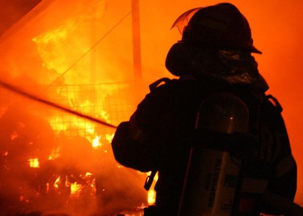 incendiu pompieri 2