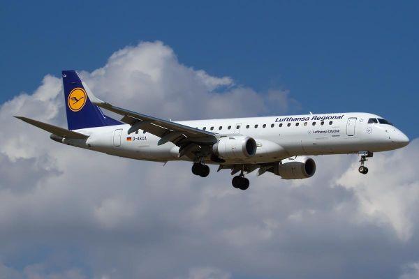 Embraer 190 100LR Lufthansa Regional CityLine JP7675714