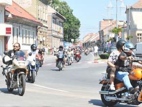 rock pe 2 roti parada motociclete Lugoj