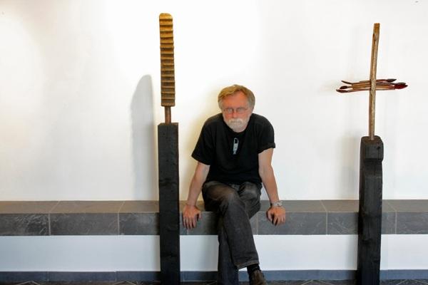 30 noiembrie Mihai etnosculptura triade1